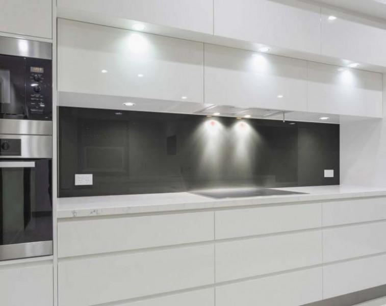 Küchenrückwand Glas nach Maß - DUNKEL-GRAU / ANTHRAZIT