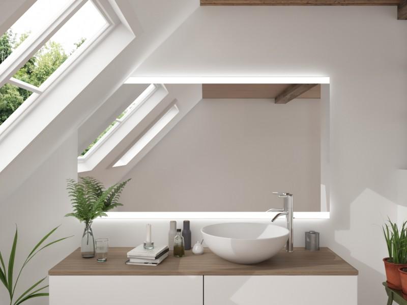 LED Badspiegel mit Dachschräge Koplessop