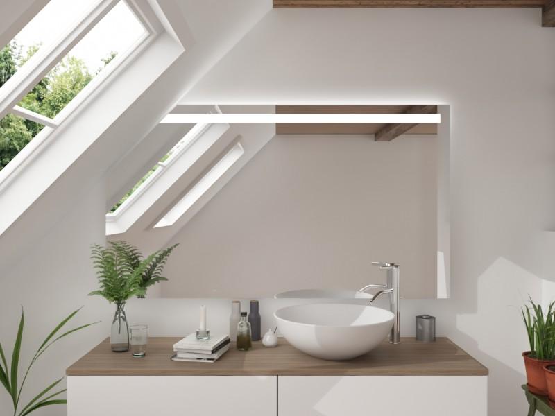 LED Badspiegel mit Dachschräge Ixmeia