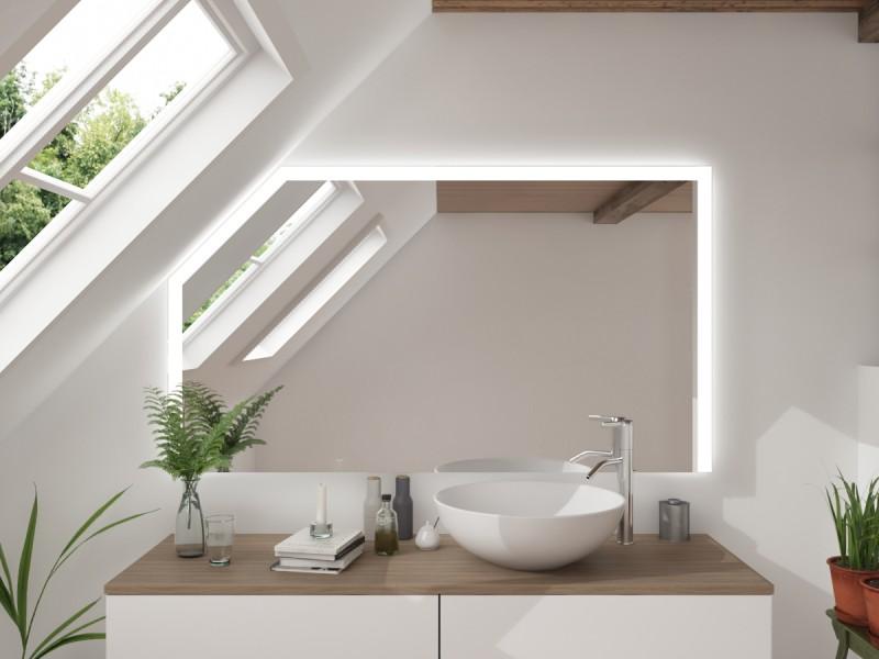 LED Badspiegel mit Dachschräge Iglyiate