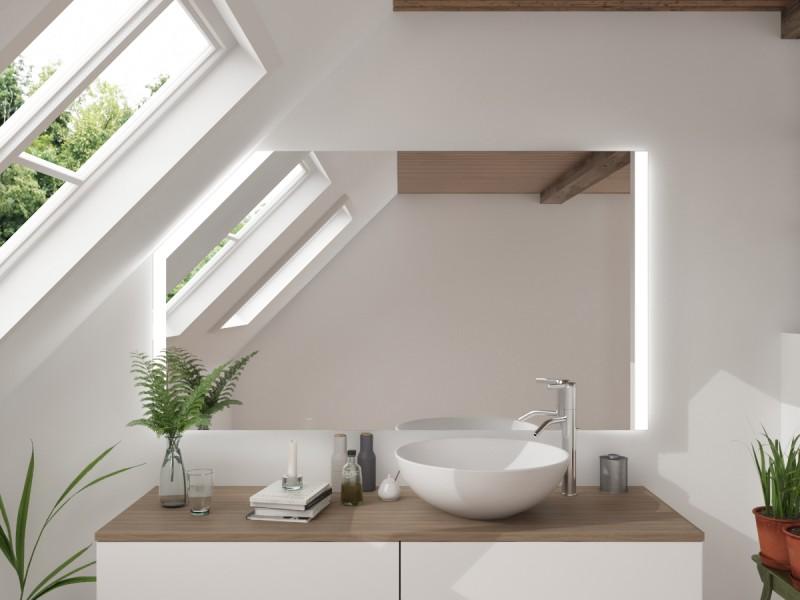 LED Badspiegel mit Dachschräge Zaratik